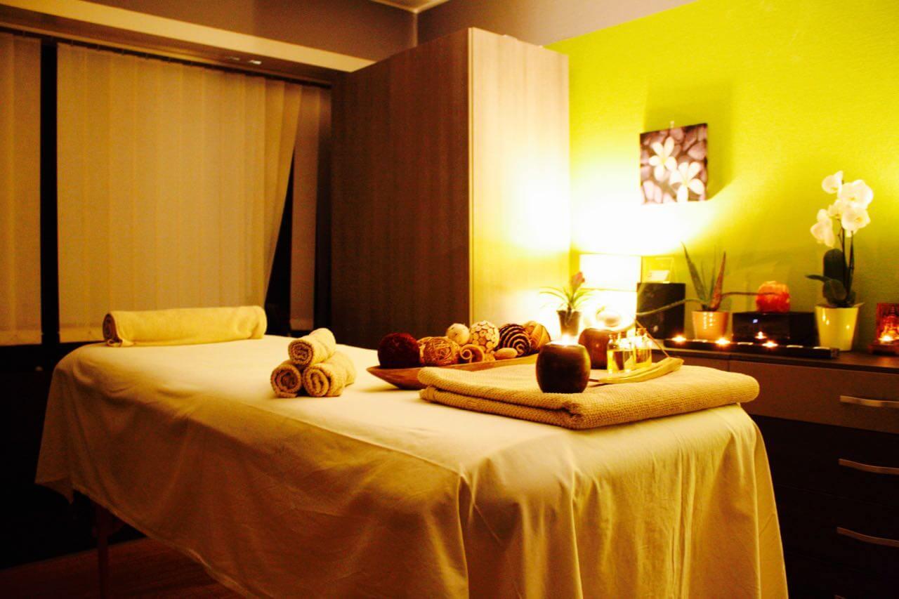 Massage au salon luxembourg d roulement de la s ance - Salon de l emploi luxembourg ...